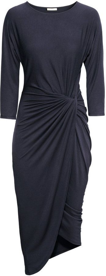 i think Im in LOOOVE. That draping in the fabric would be SO flattering on any shape, and the color is so classic and chic. This is perfection. WANT <3