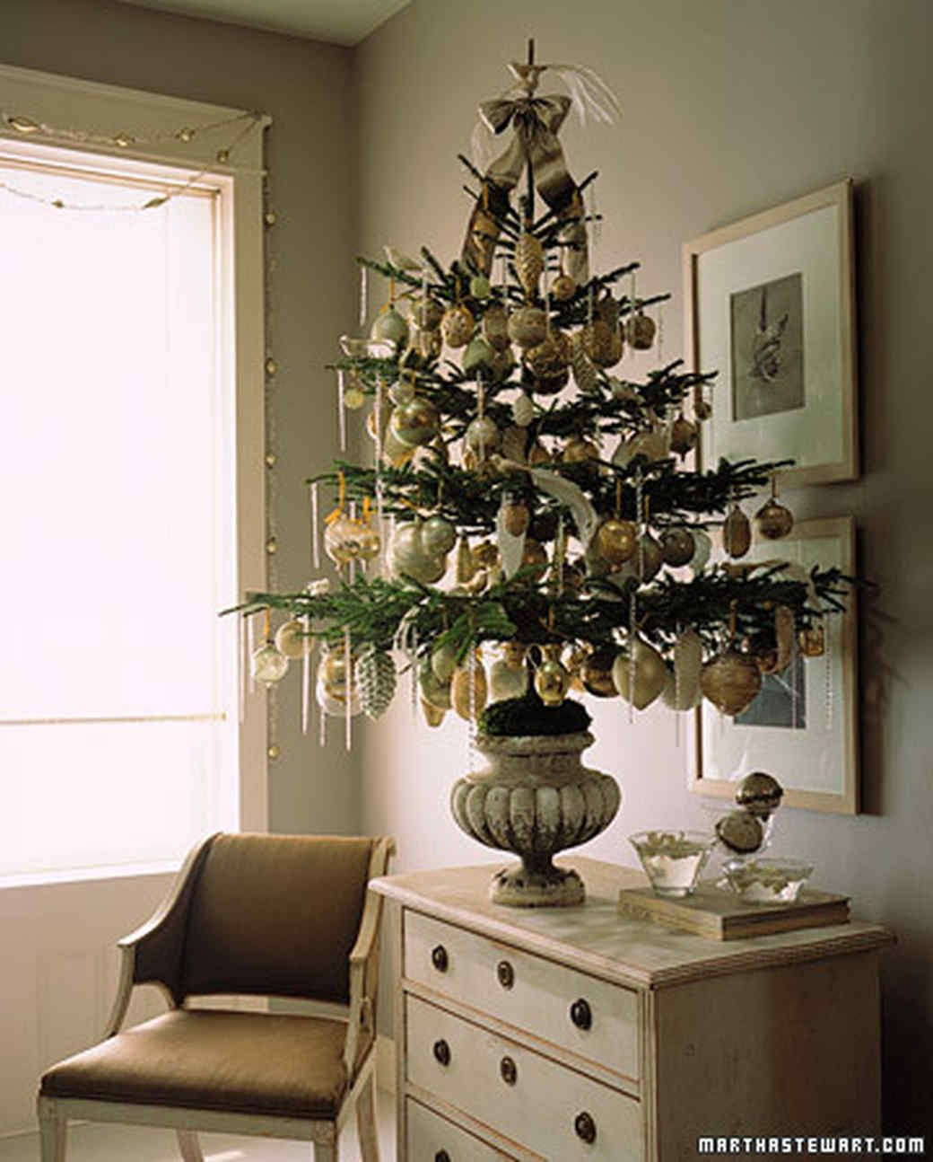 Trim a Tree How-To | DIY Décor Ideas | Pinterest | Creative ...