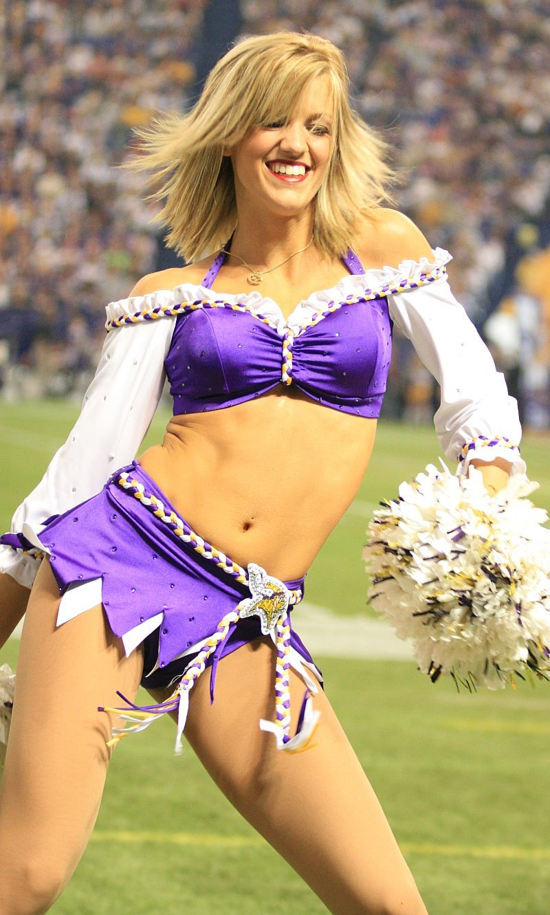 Cheerleaders upskirt blog