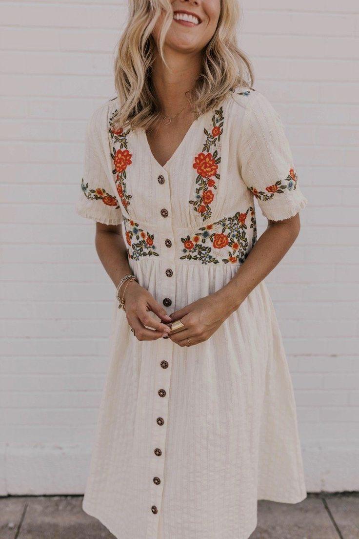 Ithaca besticktes Kleid #summerdresses