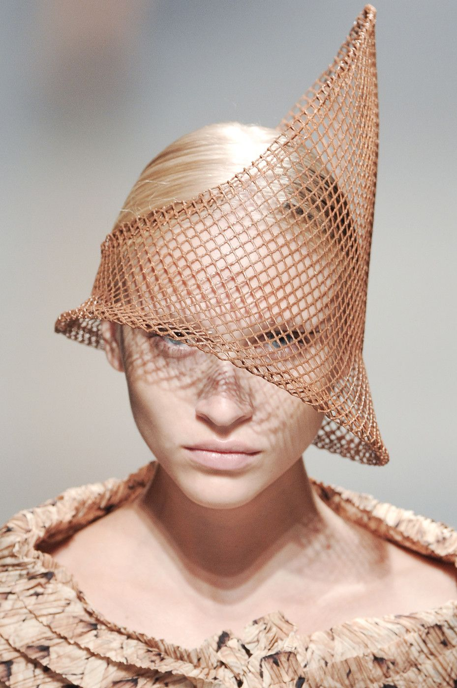 Conical Hat with honeycomb wire structure and bold asymmetry - experimental fashion design; wearable art // Issey Miyake