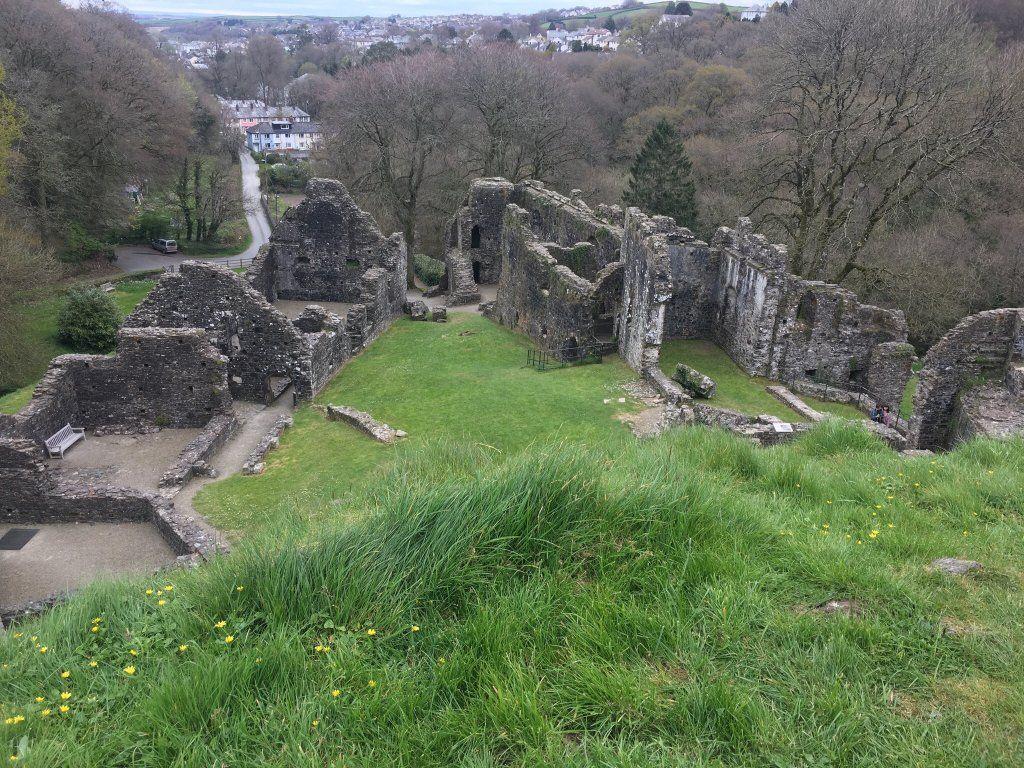 Okehampton Castle England Top Tips Before You Go Tripadvisor Trip Advisor Haunted Castle Dartmoor National Park
