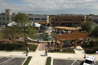 Firewheel Town Center Garland Tx This Mall Is Huge Look