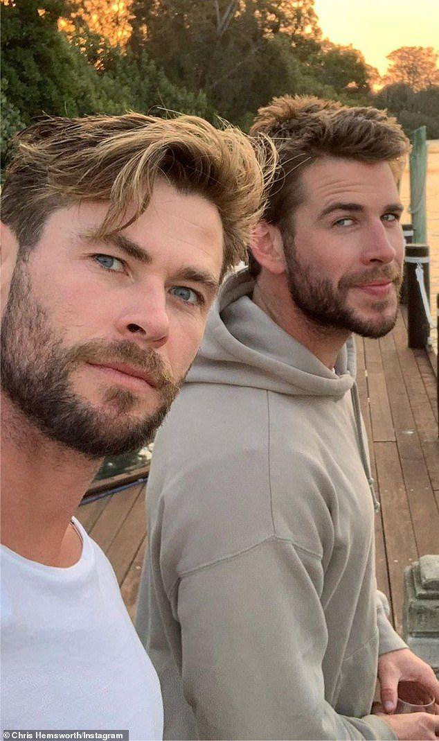 Liam Hemsworth profite d'une escapade sur une île après sa séparation avec Miley Cyrus   – Erkek Saç Stili / Hair Style