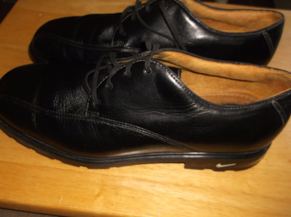 Tiger Woods Nike Air TW Black Leather