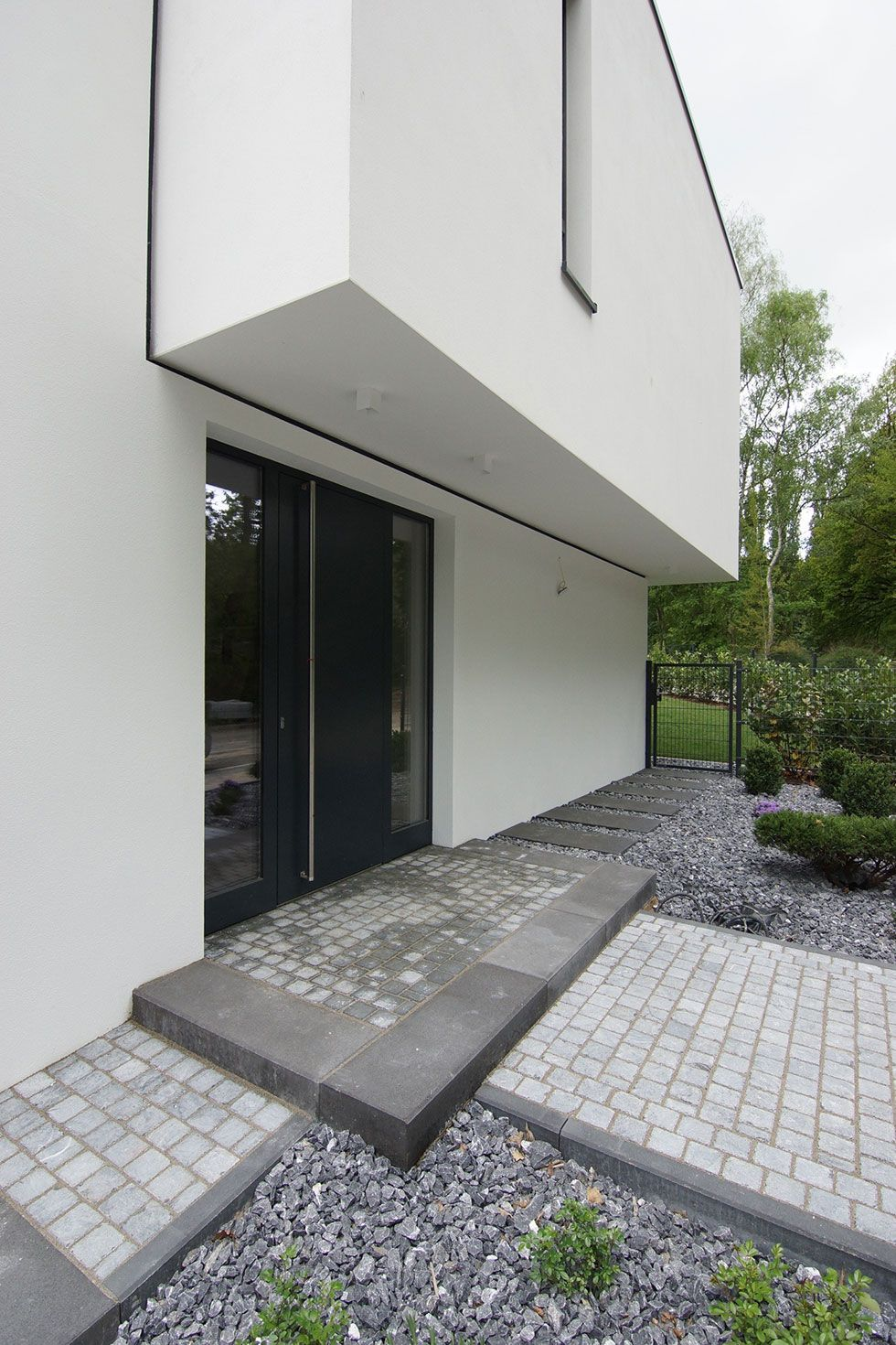 Haus_phl - aprikari GmbH & Co. KG