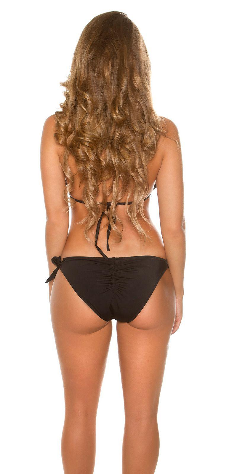 9908f6cd4f708f Halter bikini met goudkleurig ketting. De bikini is voorzien van softcups.