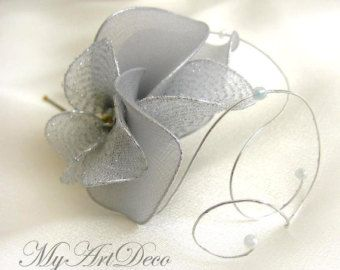 Silver fascinator, Mini fascinator, Silver fascinator headband, Silver hairpiece, Hair flower, Silver headpiece, Flower girl headband,
