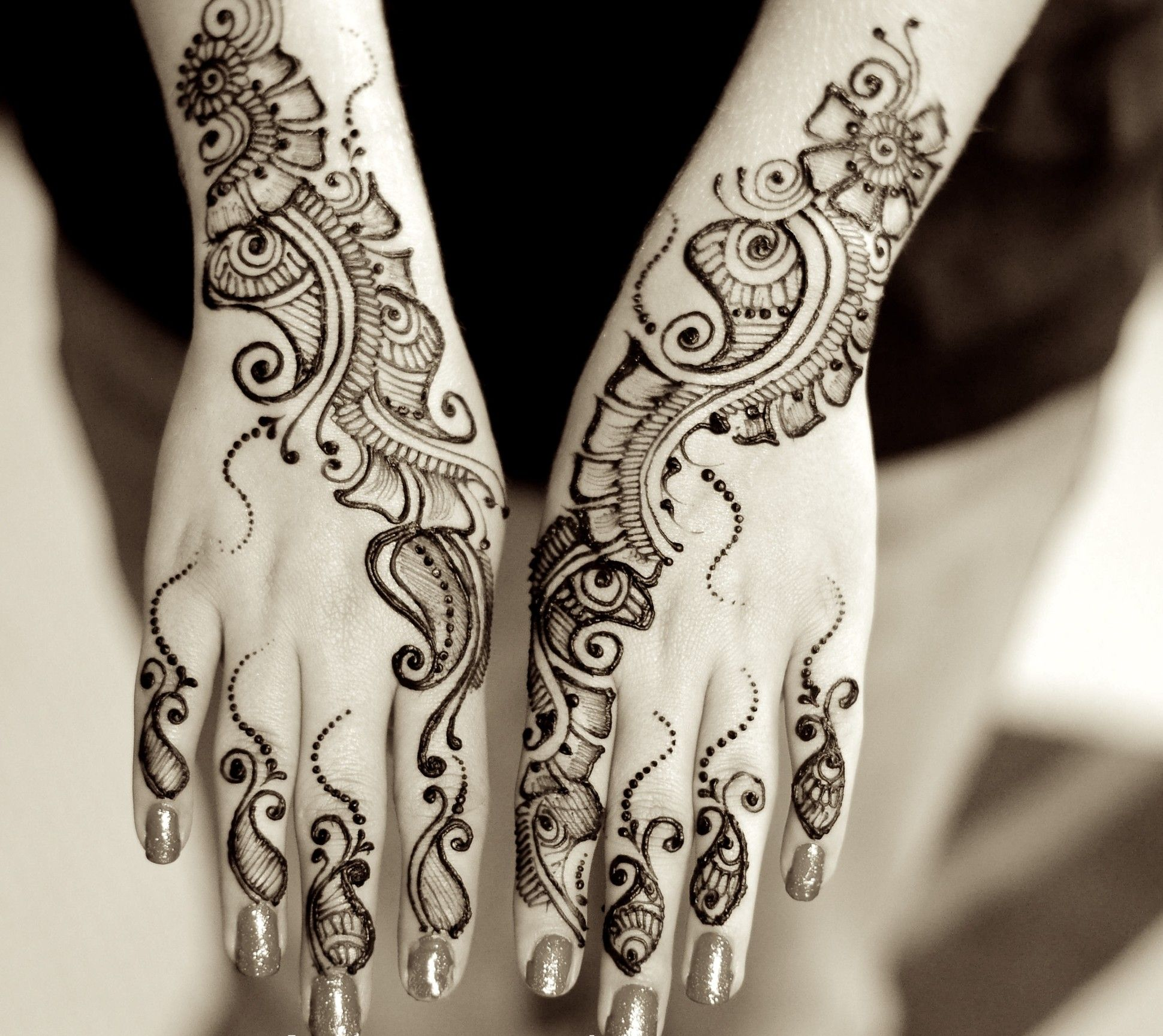 Images about mehndi design on pinterest mehndi - She Gives Valuable Advice For Soon To Be Brides Shares Her Views About The Latest Mehndi Designs And Showcases Her Stunning Artwork