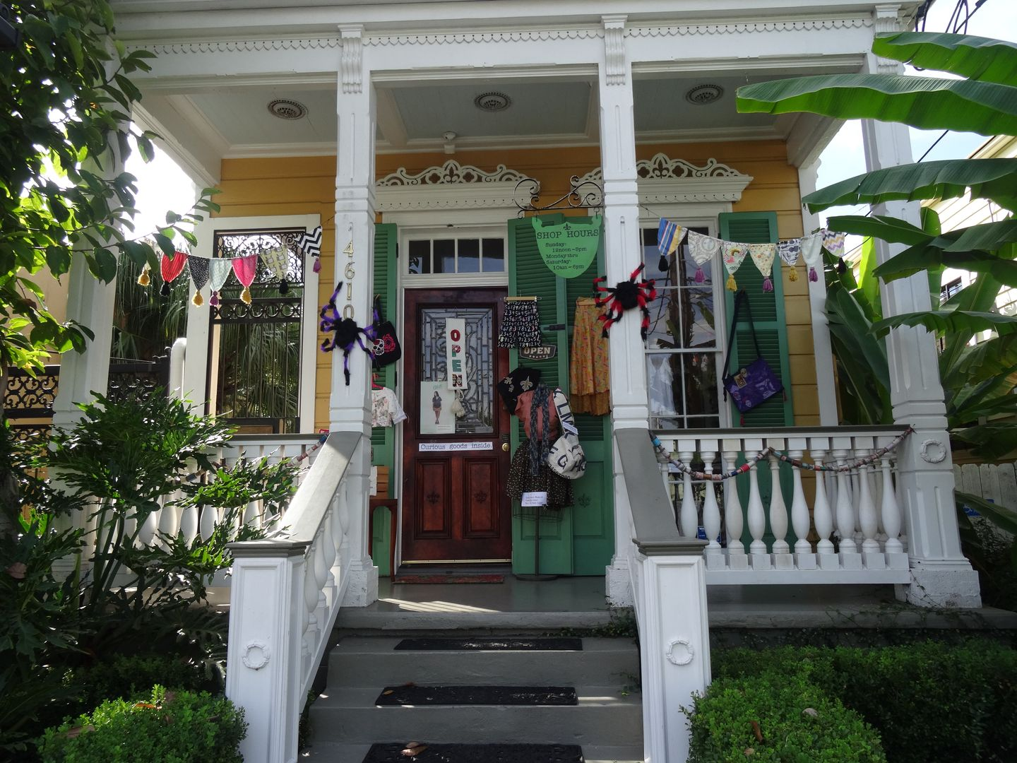 Uptown Needle & CraftWorks in New Orleans: fabrics, craft ... : quilt shops in new orleans - Adamdwight.com