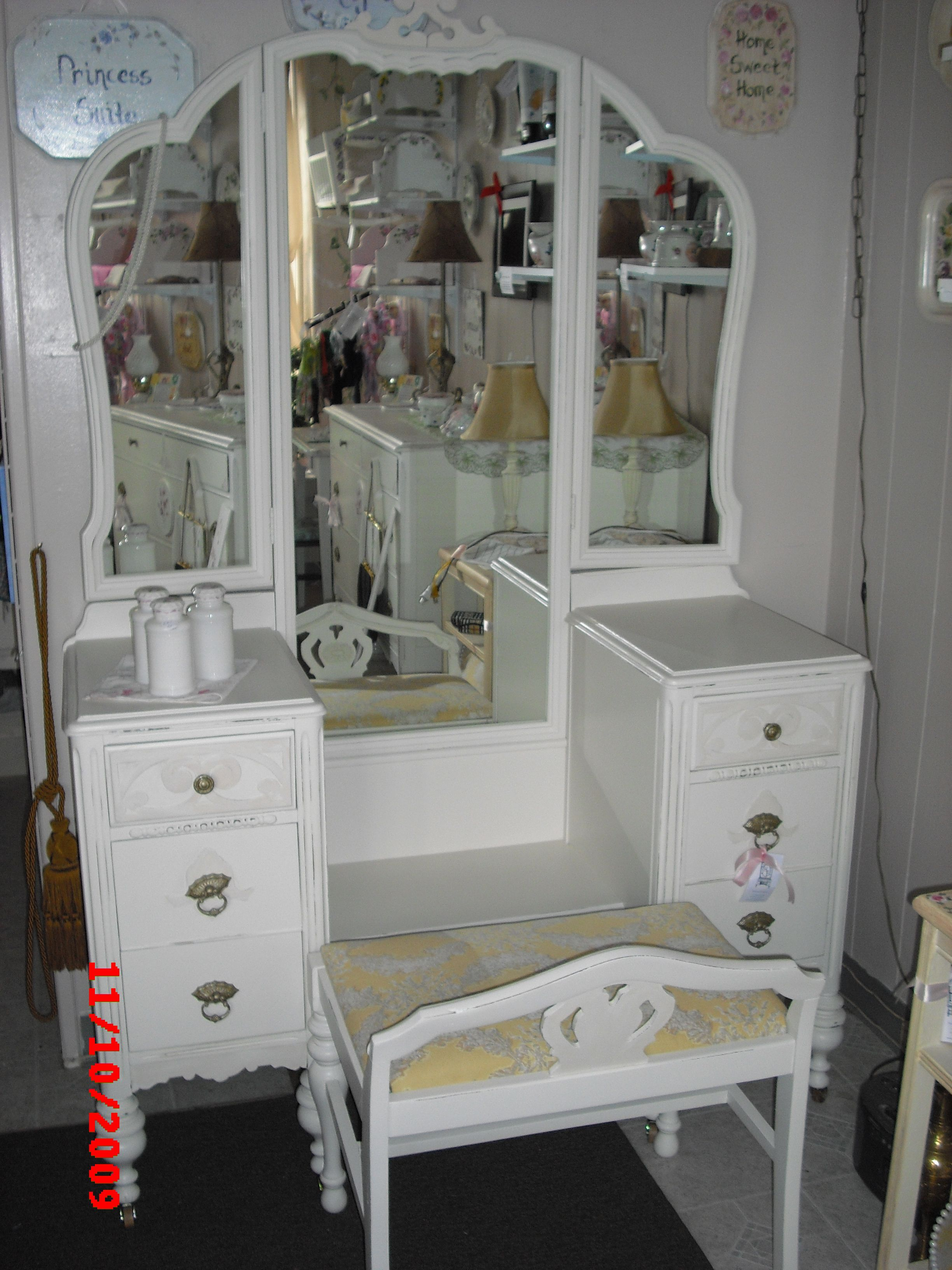 Vintage Tri Fold Mirror Vanity Shabby Chic. Please See Our Vintage Shabby  Chic Unfinished Furniture