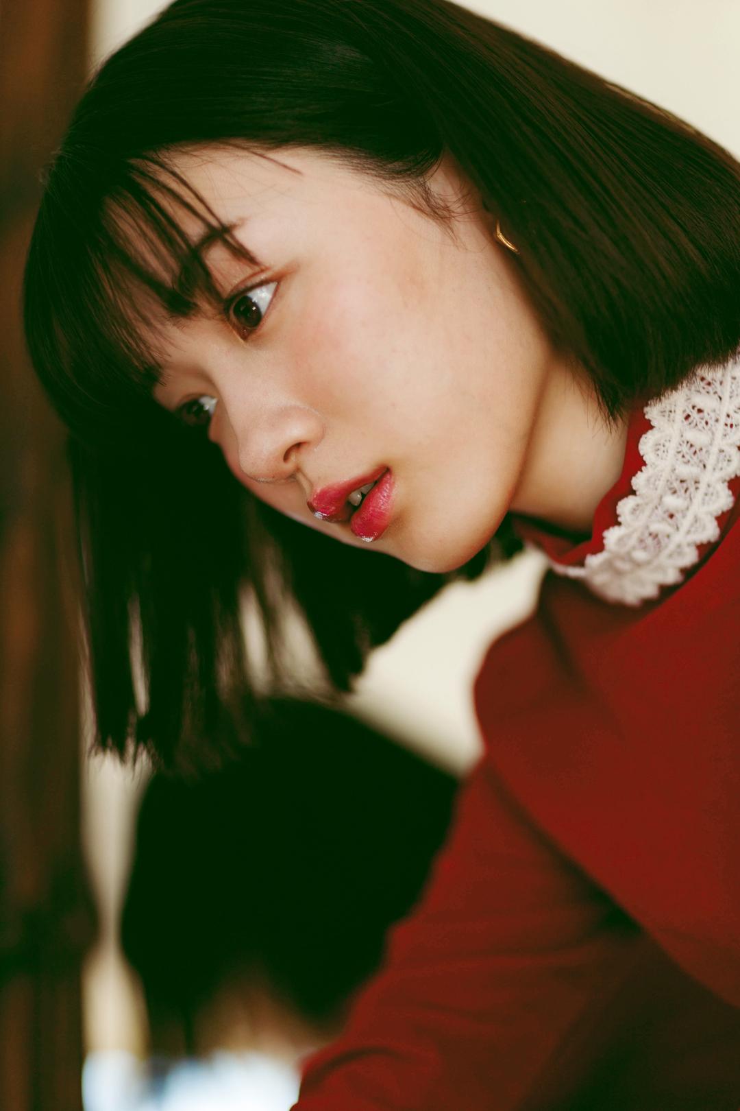 永野芽郁連載 アプリ限定photo 裏バナシ St Channel Seventeen 公式アプリ 2021 モデル 写真 女性有名人 髪型 前髪