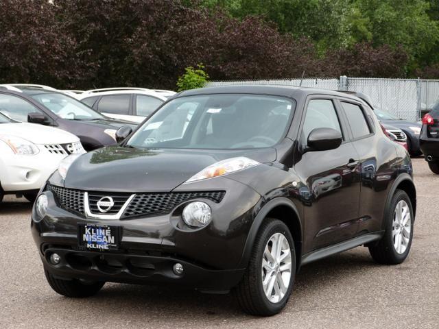 2013 Nissan Juke SL available at Kline Nissan in Maplewood, MN.  #Nissan #Juke #Minnesota #crossover