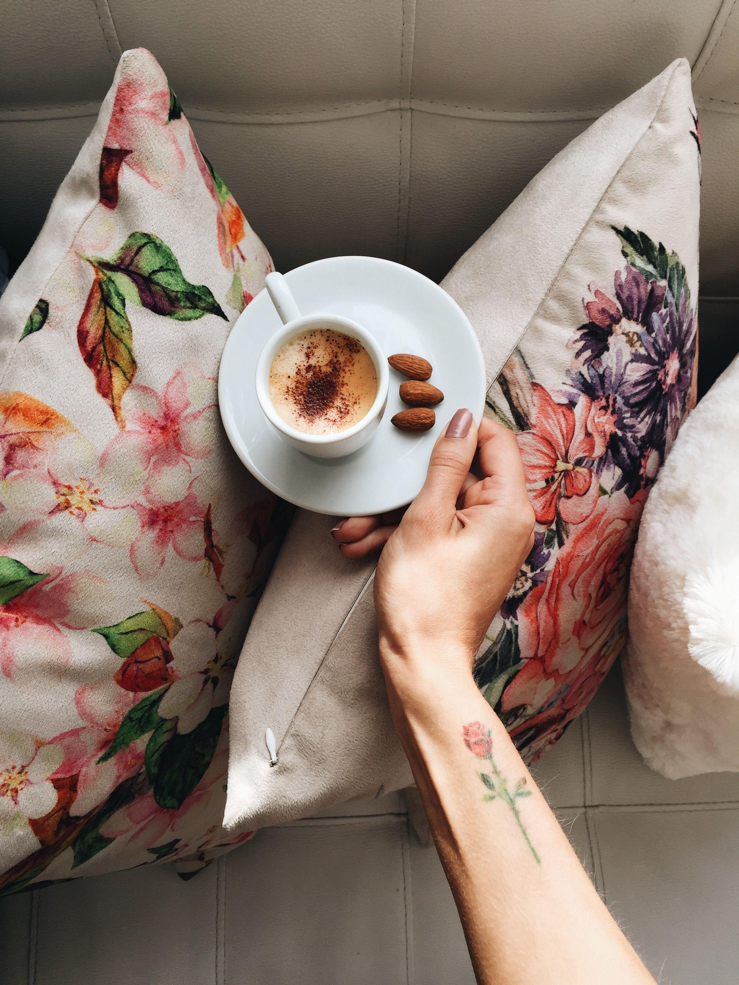 Ideia de café da manhã • mais em blogjustcarol (instagram