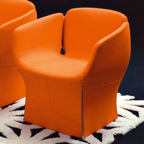 Moroso - Poltroncina Bloomy | Design: Patricia Urquiola | Collezione: Bloomy | Anno: 2004 | Materiali: Tessuto | #design #orange #armchair | http://divani.webmobili.it/