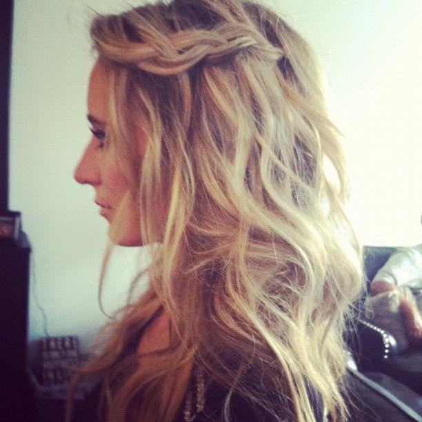 #hair #pretty #blonde #instablonde #birthday #girl #makeup #braid #waves - @placina- #webstagram