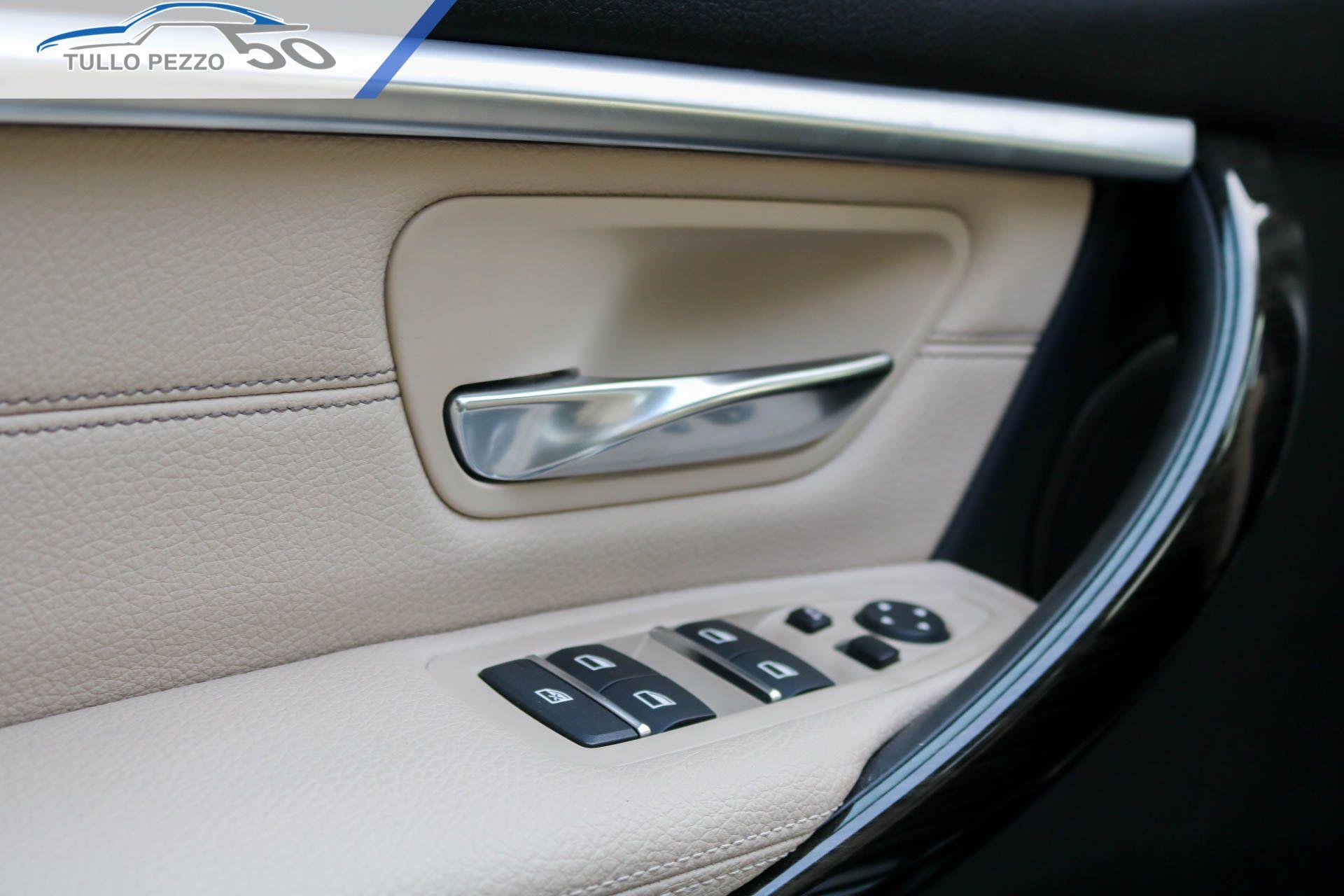 Pin di BMW MINI Tullo Pezzo su BMW 330e Luxury