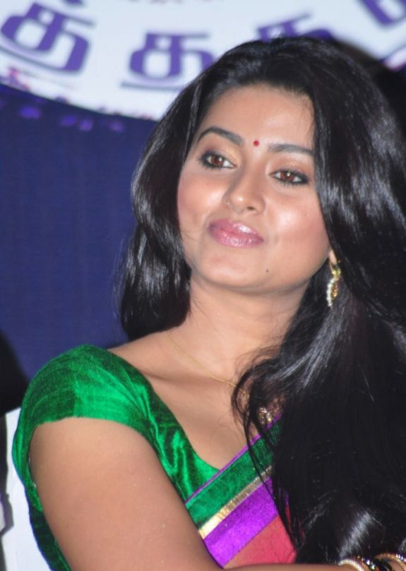 Sneha boob open store agree with