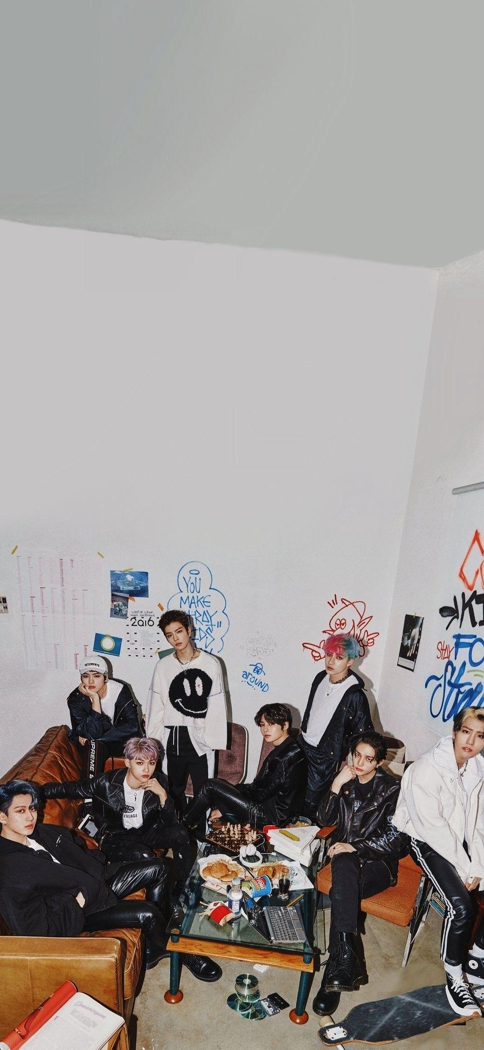 Go生 Teaser Images 6 13 2020 In 2020 Stray Kids Seungmin Kids Wallpaper Kids Groups
