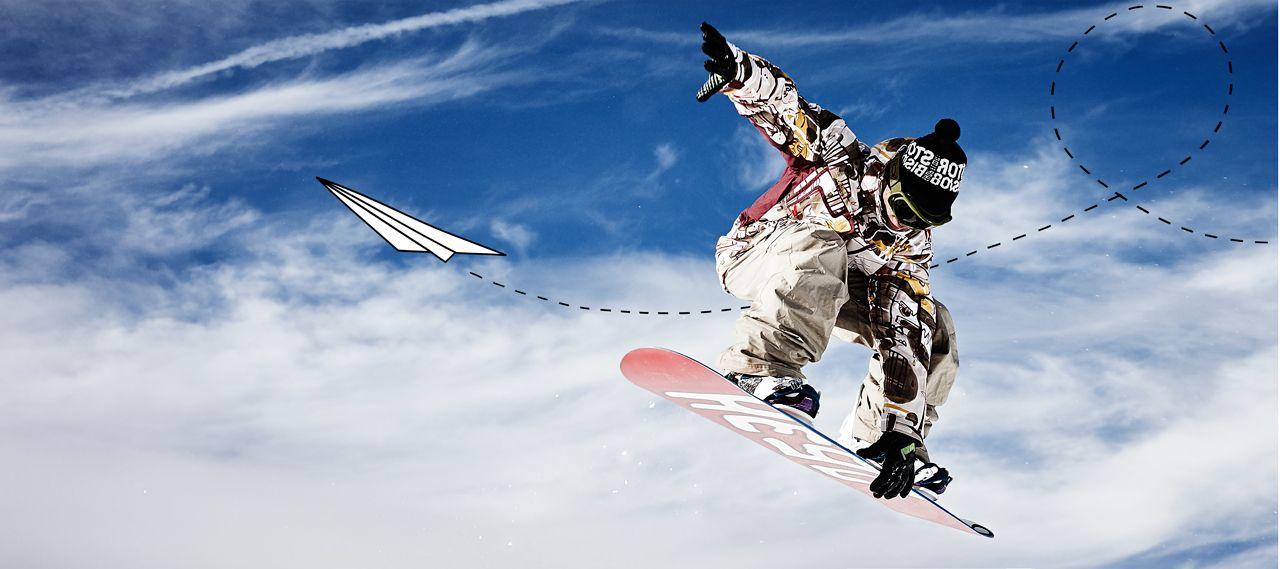 © Ralph K.Penno Photography / Germany / Berlin / #ralph_penno #ralphpenno #fly #freedom #snowboarden #snowboarding #wintersport #himmel #wolken #papierflieger #paperplane