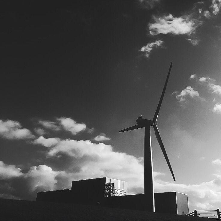 Windmill bnw