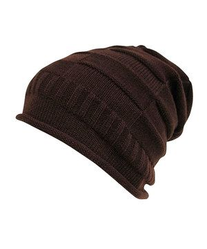 Stay stylishly warm with this trendy beanie. The slouchy silhouette makes for a signature statement, and it can be adjusted for a loosely luxe fit.
