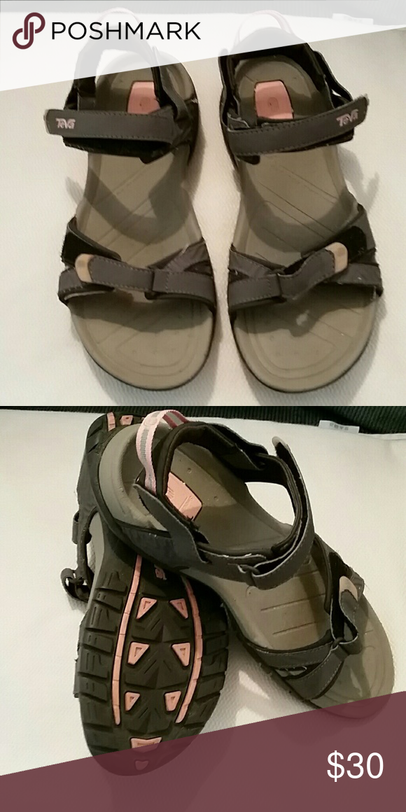 c99829393ca5 Women s Teva sandals size 10 like new Pink and grey Teva sandals in great  condition only wore once women s size 10 Teva Shoes Sandals