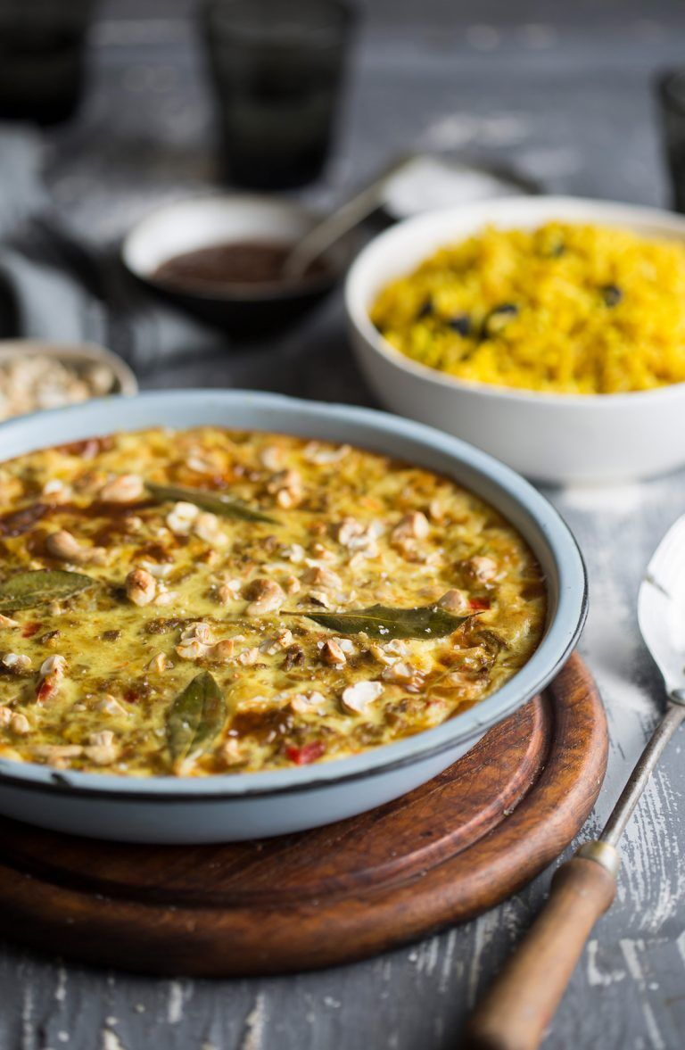 Traditional South African Bobotie Recipe With Fragrant Yellow Rice Drizzle And Dip Recipe Bobotie Recipe South African Bobotie Recipe South African Recipes