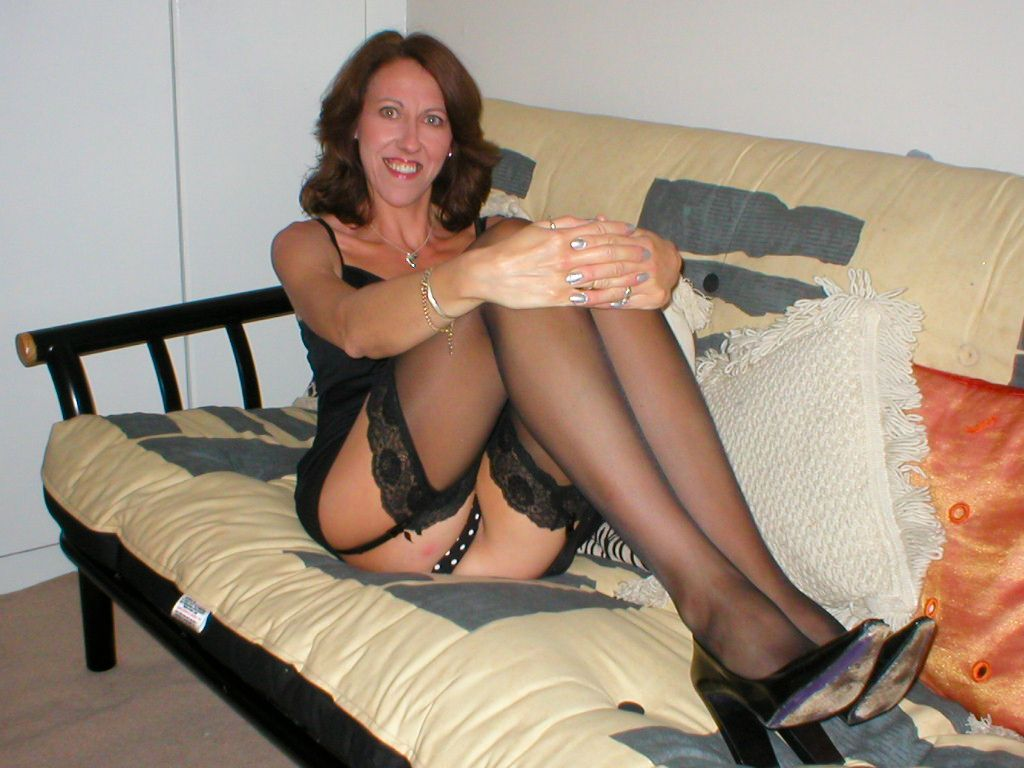 Mature Amateur Women Videos