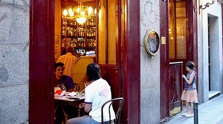 Madrid: Bars to get your (board) game on - EuroCheapo.com