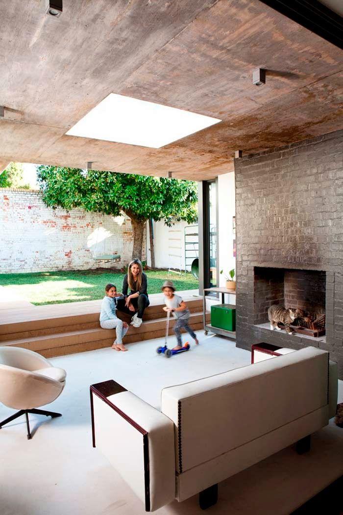 Sealed Grow Room Design: Keltainen Talo Rannalla: Modernia, Rustiikkia Ja Värejä