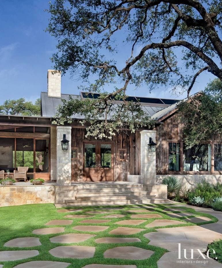 Texas Hill Country Home: Love The Stone Columns!