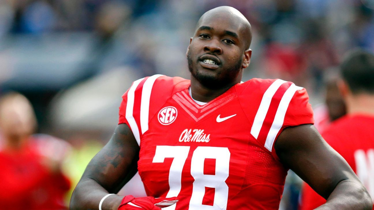 OTL Tunsil camp investigates exadviser in hack Nfl