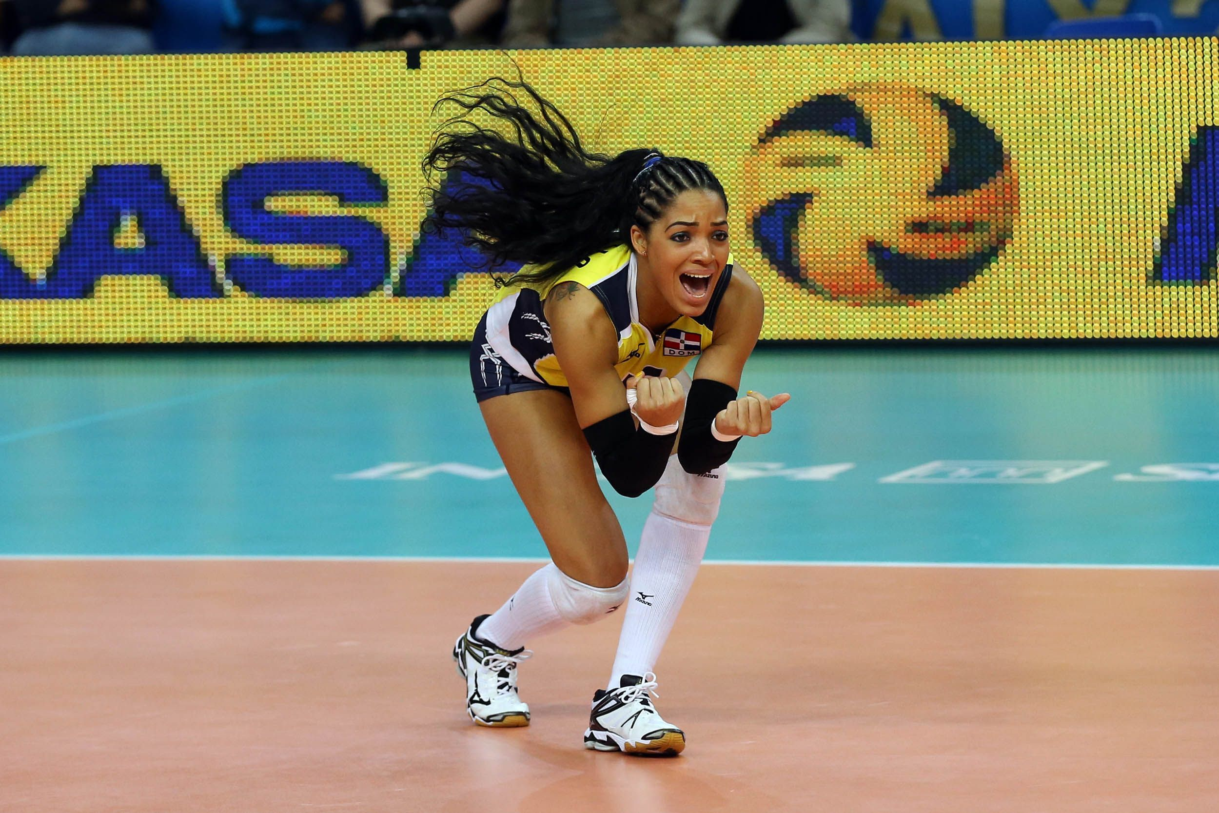 Dominican Player Brenda Castillo Just Won A Prestigious Award For Being A Montra At Volleyball Female Volleyball Players Volleyball Players Coaching Volleyball