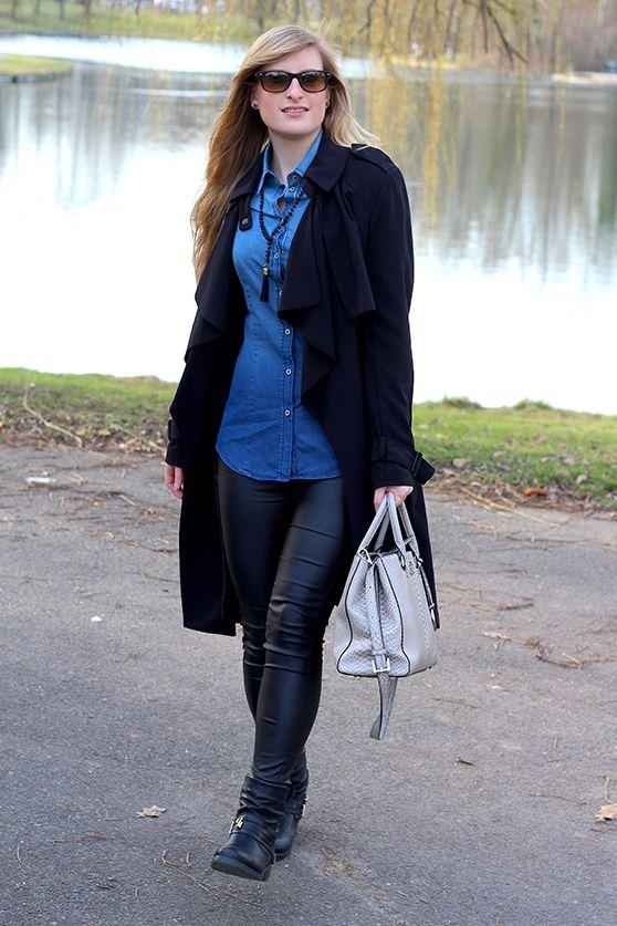 Schwarze jeans bluse kombinieren