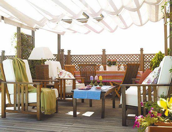 tante soluzioni per arredare un terrazzo o una veranda | Pinterest ...