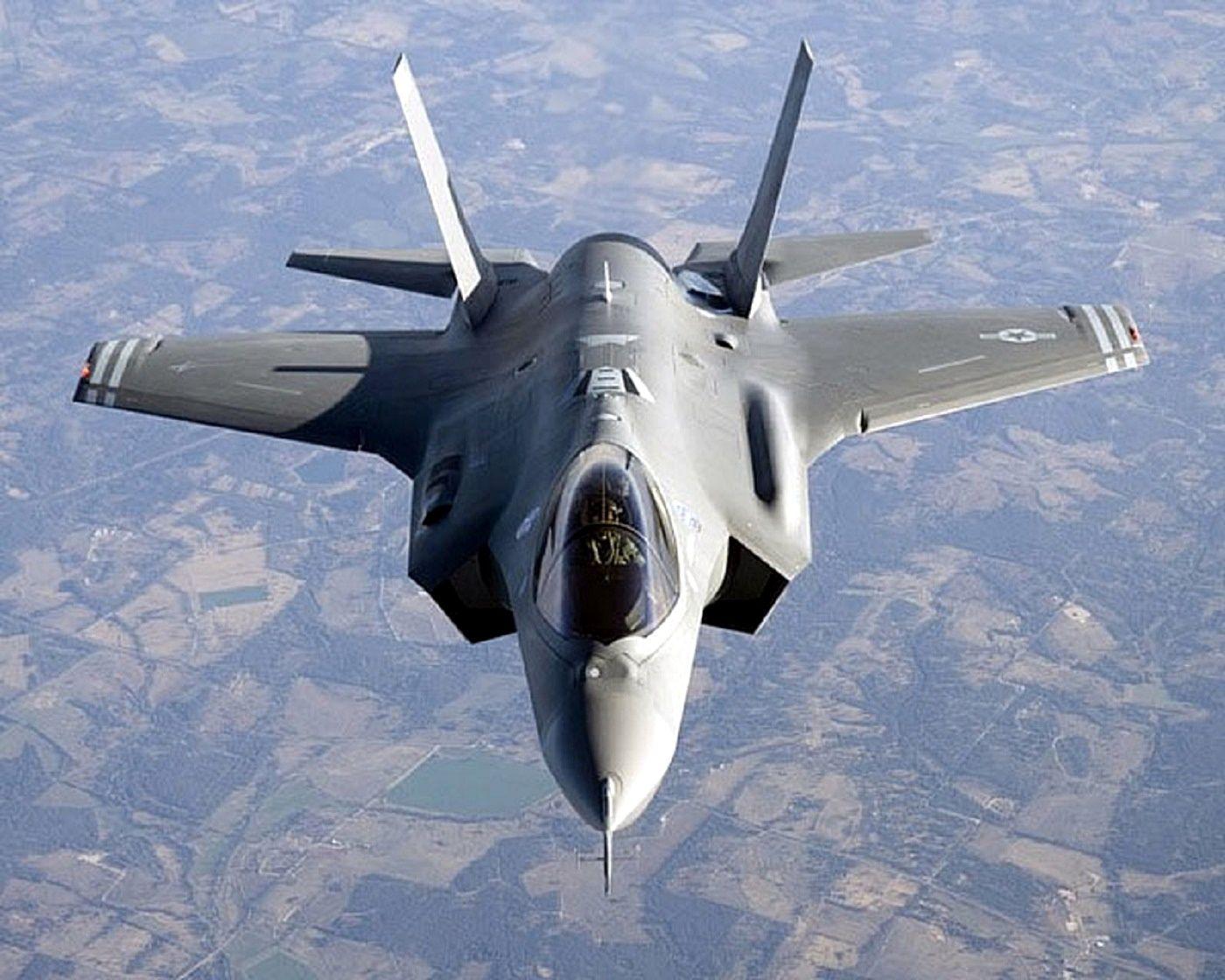 US AIR FORCE F-35 Lightning   http://www.taringa.net/posts/info/16668572/Los-Super-Aviones.html