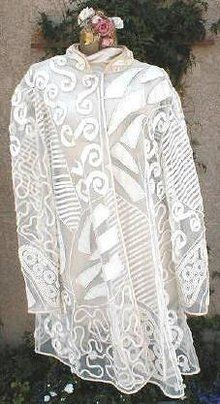 early 1920s Paris label white lace & applique jacket  - Courtesy of ruedelapaix
