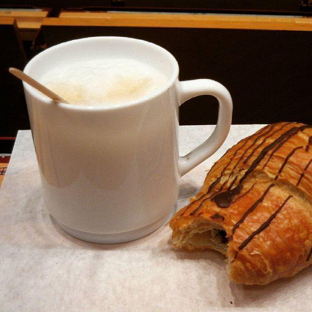 #buongiorno #goodmorning #sabato #finesettimana #colazione #breakfast #casa #home