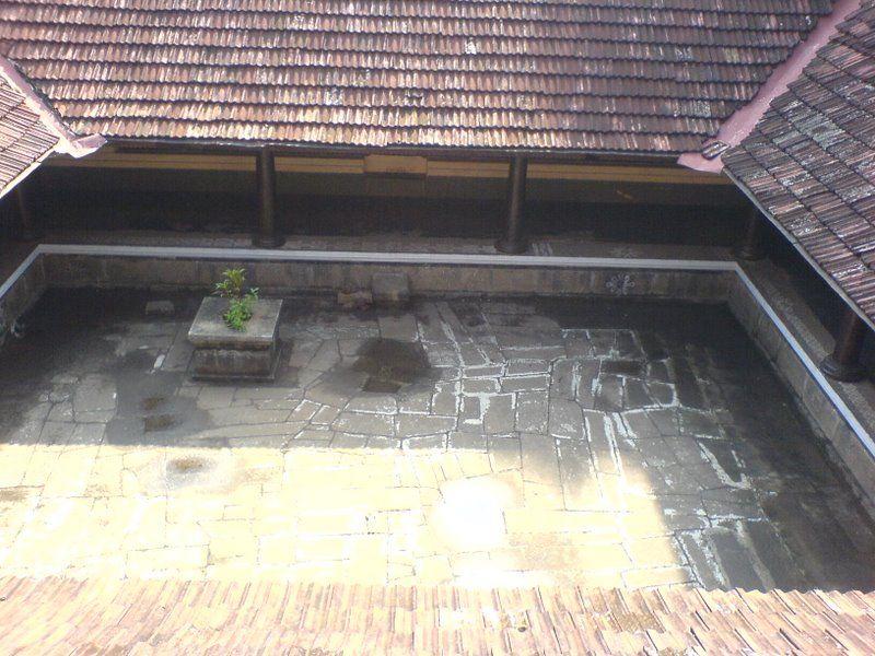 Top view of the nadumuttam at varikasseri mana near for Kerala nadumuttam house plans