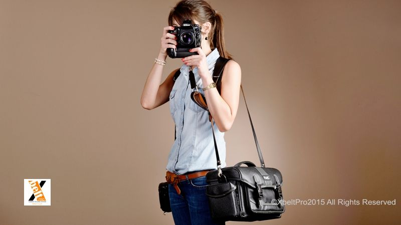Arnés doble de piel para fotógrafos. Leather harness for photographers. Correa para bolso Xslim. Xlim belt for bag.