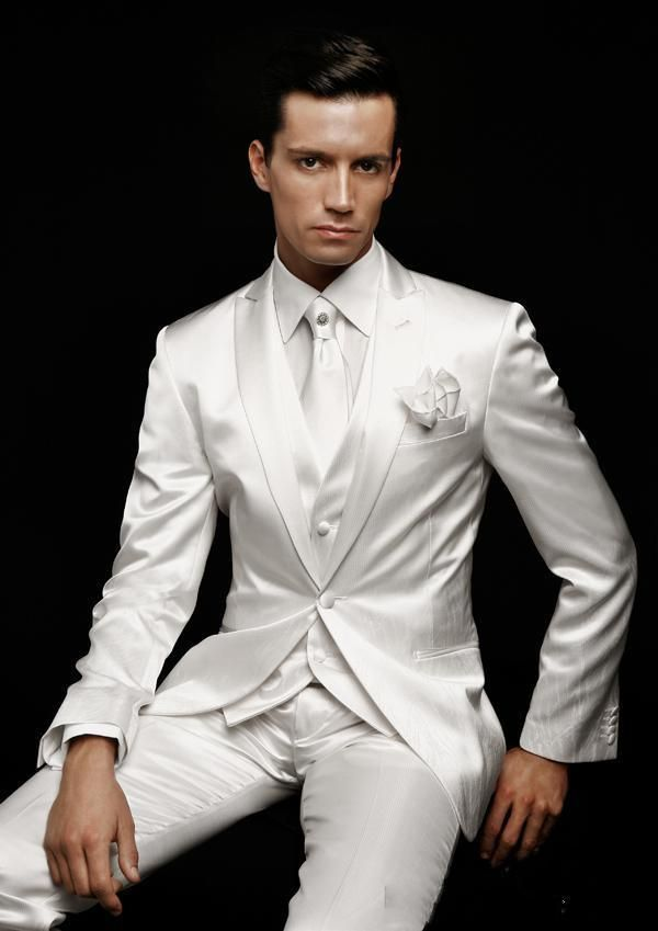 white Slim Fit Groom Tuxedos Peak Lapel Best man Suits Ivory ...