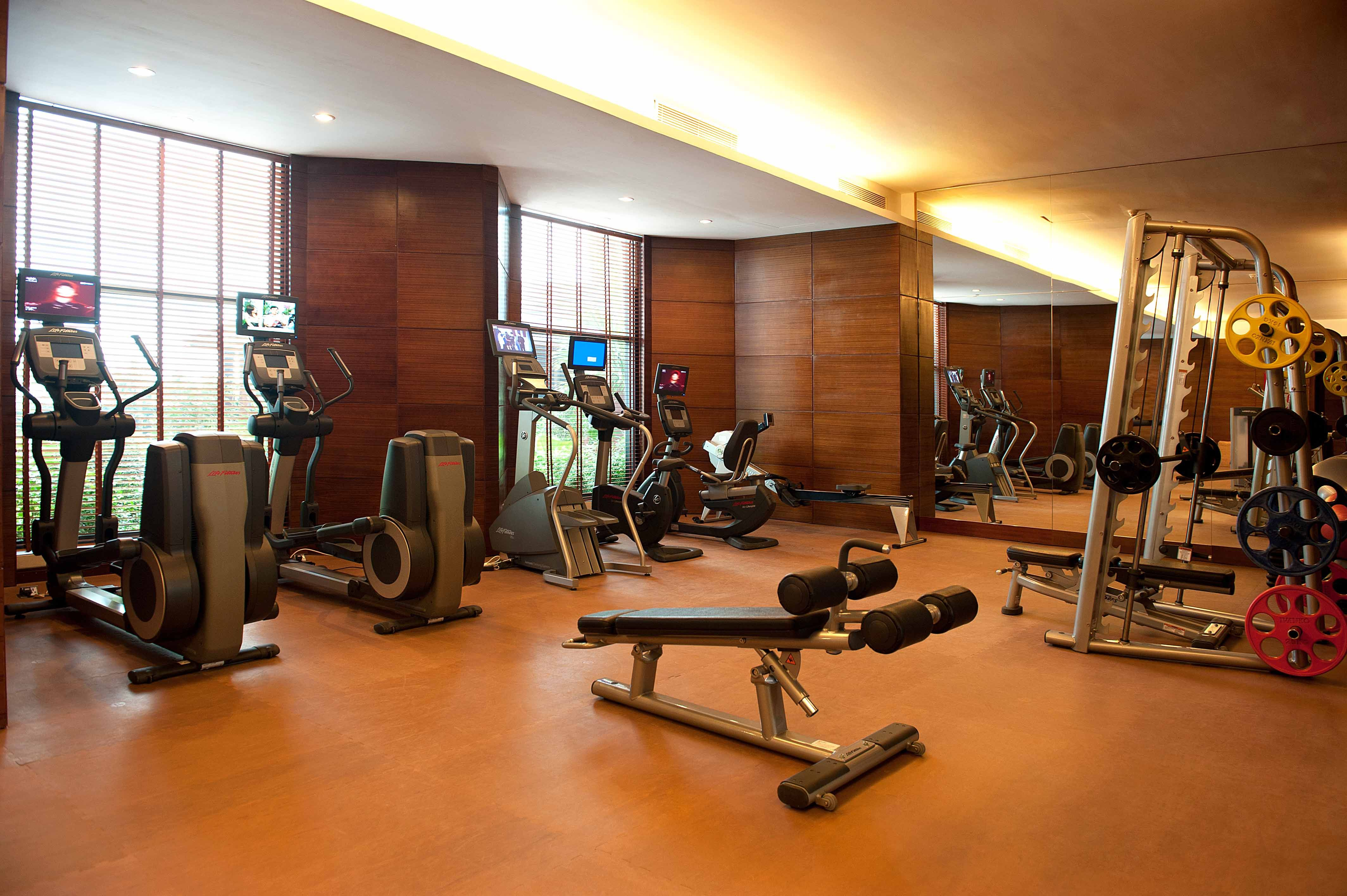 Crowne Plaza West Hanoi fitness