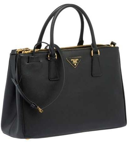 1e5754fc479ef The bad girl in Mission Impossible 4 had this bag and I love it ...