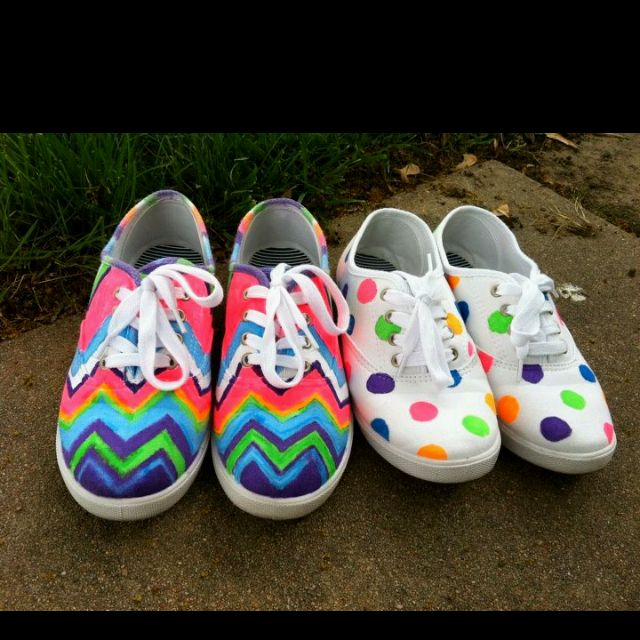 d1a7141afd36 Kaci and Kaleigh decorated plain white tennis shoes using fabric markers.  Love it!