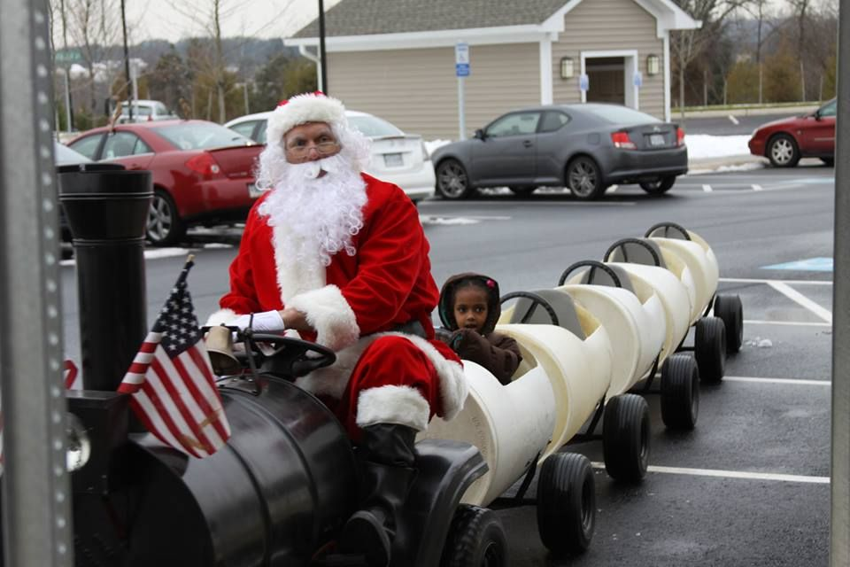 Santa Train #holiday #winterholidayparty #holidayevent #santatrain