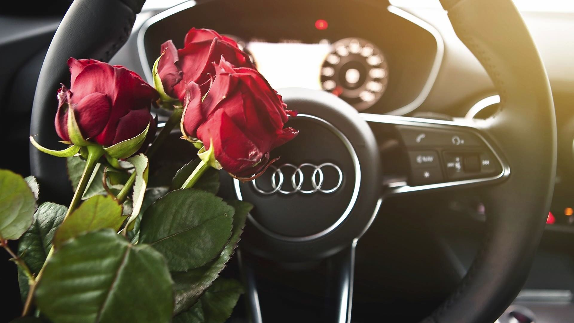 Ideas to Surprise Your Girlfriend with Romantic Valentine