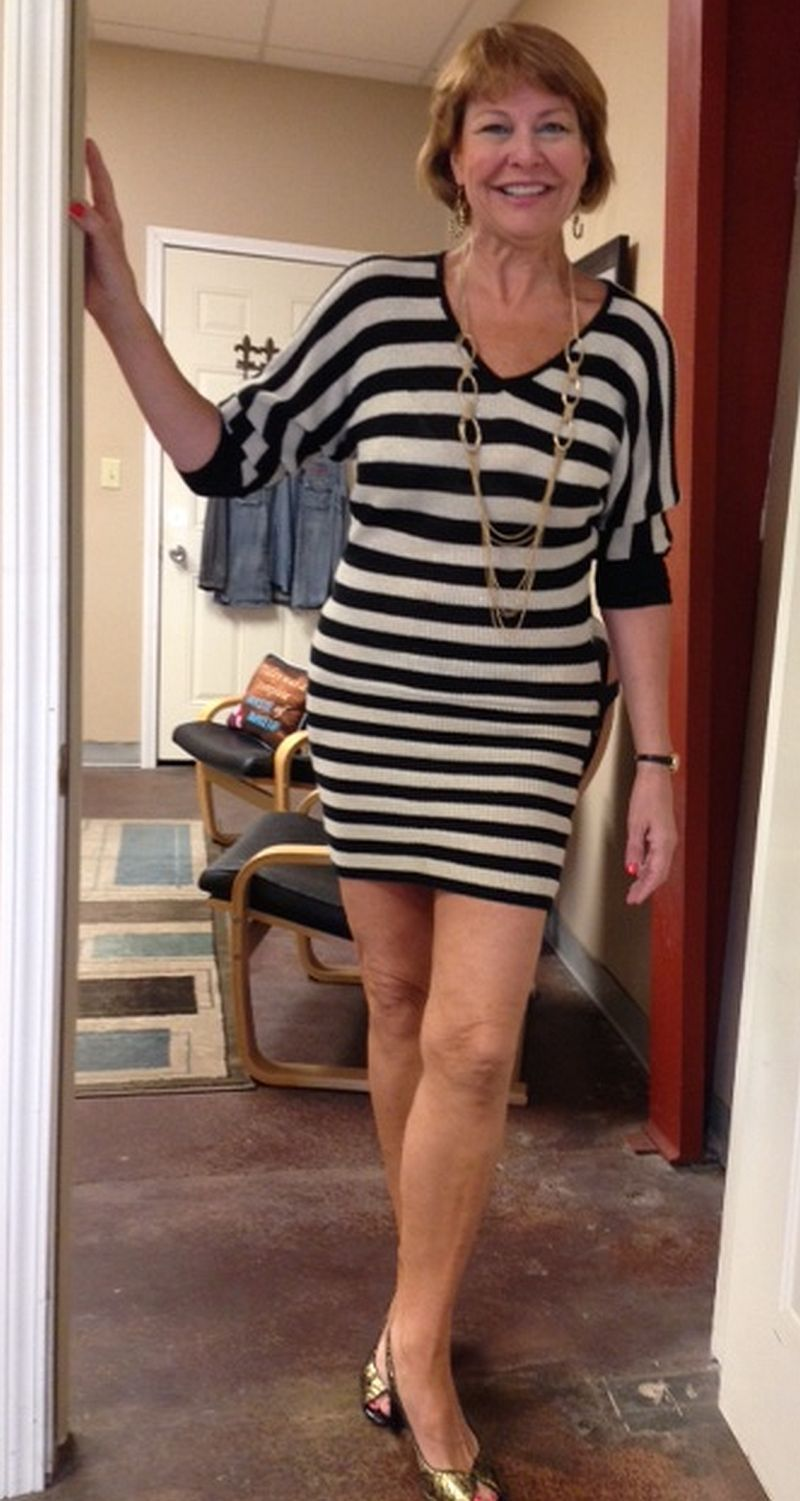 Meet A Cougar Sexy Older Woman Wearing A Black And White Dress