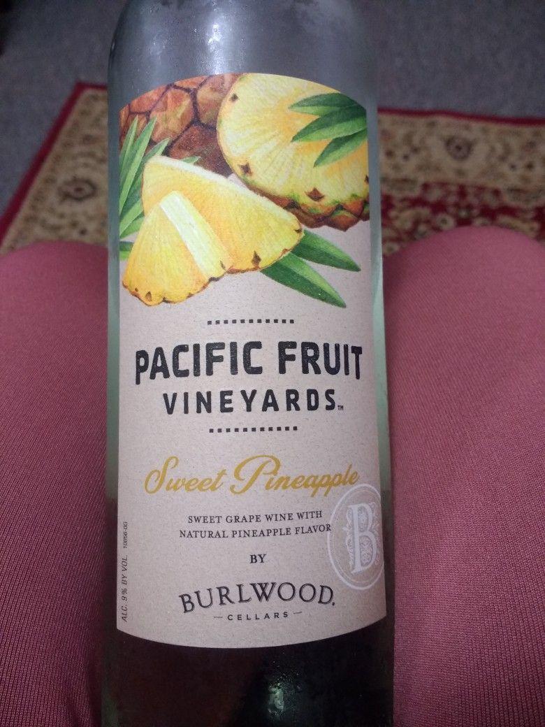 Sweet Pineapple Wine From Aldi S 3 49 Aldi Wine Wine