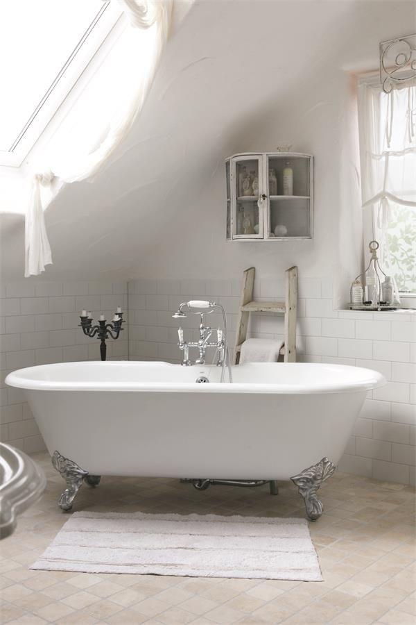 all white and wonderful   badkamer   Pinterest   Badezimmer, Bäder ...